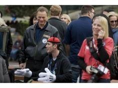 Gary Sinise Foundation treats 50 Wounded Warriors to Disney trip vacation. God Bless Gary. NOTE.  Gary Sinise is such a fantastic person.  God bless him.