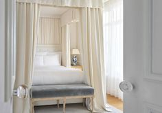 Cheap Home Decor .Cheap Home Decor Home Bedroom, Master Bedroom, Bedroom Decor, Master Suite, Ferrat, Up House, Luxury Homes Interior, Beautiful Bedrooms, Beautiful Beds