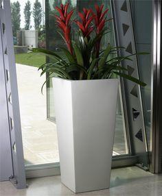 grand pot ikon pour arbuste et plantes d 39 exception jarre pour jardin pinterest. Black Bedroom Furniture Sets. Home Design Ideas