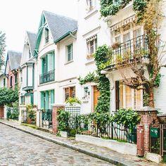 Village charm in Montmartre.