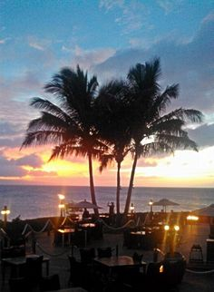 For drinks, Merriman's Kapalua -  Frommer's Most Romantic / Exceptional; Maui Magazine-Best Oceanfront Dining(Silver) Best for drinks