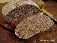 Pagnotta di pane al grano saraceno senza glutine . Rustica e dal sapore deciso,molto semplice e veloce da preparare.