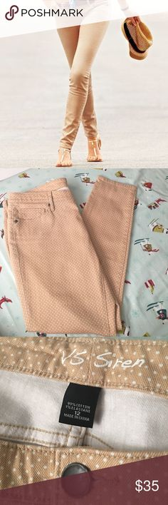 VS Siren Skinny Jean 🌿 Lightly Worn Once! 🌿 Size: 12 - Color: Tan w/ white polkadots Style: VS Siren - Skinny Jean  I only wore these skinny jeans once. Originally purchased at Victoria's Secret. They are in excellent condition, no damages. 99% Cotton & 1% Elastane. It would be a great addition to any wardrobe!  🌿  N O   T R A D E S   •   H O L D S  🌿  📦 Q u i c k   S h i p p i n g 📦 Jeans Skinny