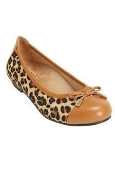 22 Legitimately Cute Shoes For Ladies With Wide Feet bce9d99b49143