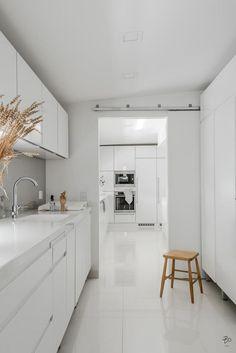 White House Interior, Home Interior Design, Interior Ideas, New Kitchen, Kitchen Dining, Kitchen Ideas, Modern Luxury Bathroom, Laundry Design, Scandinavian Kitchen
