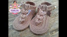 tutorial DiY comó hacer una flor kanzashir a crochet -flor Crochet Belt, Crochet Baby Booties, Crochet Slippers, Knit Vest Pattern, Baby Shoes Pattern, Cutwork Embroidery, Baby Embroidery, Baby Boy Booties, Baby Slippers