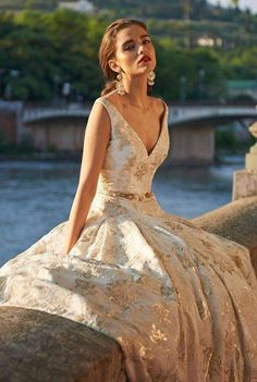 25 Best Wedding Gown Bliss images  27829805e3b5