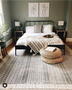 Minimalistische Slaapkamer 41 Uncommon Grasp Bed room Design Concepts It's important to attempt # mi Relaxing Bedroom Colors, Cozy Bedroom, Ikea Bedroom, Bedroom Furniture, Royal Bedroom, Bedroom Ceiling, Blue Bedroom Decor, White Bedroom, Inspire Me Home Decor