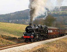 Google Image Result for http://www.roydshallfarm.co.uk/images/steam-train-keighley.jpg