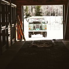 bexargoods: Classic 4x4. Timeless design for any #overland adventure. Photo from freeman.tumblr.com #adventuremobile