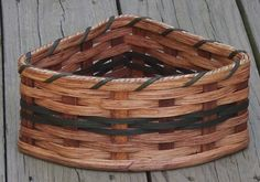 Amish Handmade Small Corner BasketCUSTOM COLORS by AmishBaskets