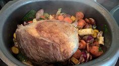 Rinderbraten vom Hochlandrind Beef, Food, Pot Roast Recipes, Easy Meals, Food And Drinks, Meat, Essen, Meals, Yemek