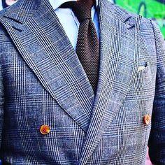 #lovebutton #dapper #dapperman #bespokelife #bespoke #mens #menswear #fashion #dappergent #menwithclass #mensfashion #loveit #elegant #inspiration #ambition #custom #fashionaddict #fashionable #likes #picoftheday