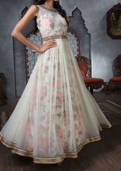 FatimaBi Long Designer Simple Border Anarkali Kameez Partywear Floor length Dre #FatimaBi #AnarkaliKameez