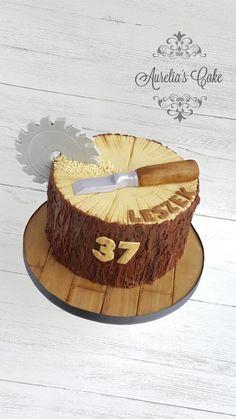 Cake for carpenter by Aurelia's Cake