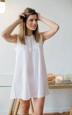 White Plumeti Pleaded Nightgown for Women Sleepwear Women, Pajamas Women, Nightgowns For Women, Mini Dress With Sleeves, Black White Fashion, Diy Dress, Night Gown, Women Lingerie, Dress Patterns