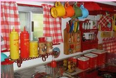 trailer vintage kitchen.
