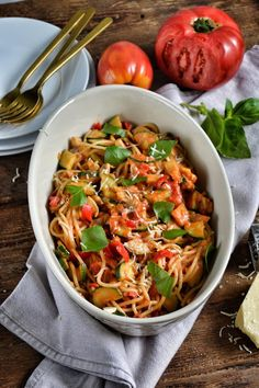 Spaghetti, Ethnic Recipes, Food, Gastronomia, Diet, Essen, Meals, Yemek, Noodle