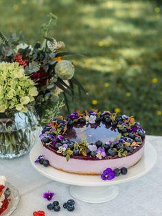 Wedding Desserts, Wedding Cakes, Cheesecake Wedding Cake, Claudia S, Most Delicious Recipe, Drip Cakes, Edible Flowers, Cheesecakes, Beautiful Cakes