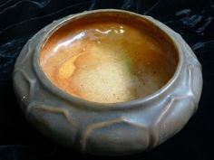 "Rare dated 1912 North Dakota School of Mines 2 color glaze bowl ""UND""Mark Signed"