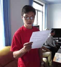 외국선박선원들의 경축모임 청진항에서 진행