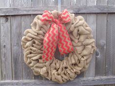 Brown burlap wreath with pink chevron bow. Great by ModernAandD, $30.00