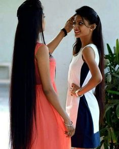 """""""Two amazing beauties checking their hair lengths """" Source - Facebook Do follow and tag us for getting featured here. #allabthair #hairfeaturing #featuringhair #longhair #longhairdontcare #hair #hairstyles #hairdiva #rapunzel #rapunzelhair #longhairgirl #cabello #cabelos #cabelo #cabeloslongos #haare #pelo #instahair #hairporn #instadaily #picoftheday #2k18 #shootingstars #indianbeauty #indiangirl #followme #like4follow #desi #desibeautyblog"""