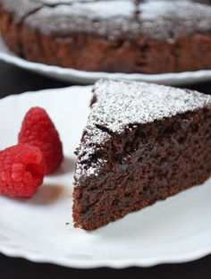 thenotsocreativecook-Eggless & Butteries Chocolate Cake - like a wacky cake? Eggless Chocolate Cake, Eggless Desserts, Eggless Recipes, Eggless Baking, Cake Recipes, Dessert Recipes, Chocolate Muffins, Vegetarian Chocolate, Vegan Chocolate