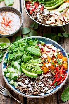 These Vegetarian Buddha Bowls with Spicy Peanut sauce make a great Winter salad – for those days when you fancy something a bit lighter for dinner. Healthy Foods To Eat, Healthy Dinner Recipes, Vegetarian Recipes, Healthy Eating, Party Recipes, Vegan Foods, Healthy Options, Vegetable Recipes, Healthy Life