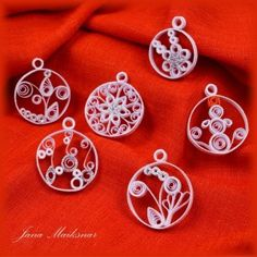 Quilled Christmas tree ornaments--great for cards and decorating packages too!