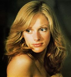 Sondra Locke who received an Oscar nomination for her first film and starred in a series of movies with Clint Eastwood, with whom she had a turbulent Actor Clint Eastwood, Beautiful Old Woman, I Miss Her, She Movie, Hollywood Stars, Actors & Actresses, Portrait Photography, Celebs, Female Celebrities