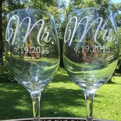 Etched wine glasses  custom Mr & Mrs glass with by VtoYouDesigns