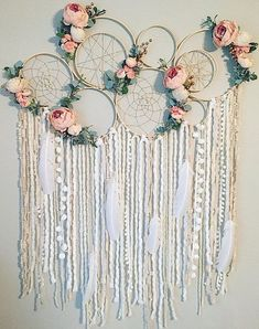 Dreamcatcher Wall Hanging Dreamcatcher Wall Decor They are done, our KEYCHAINS I think they have become really great . - genuine finished find have been I Large Dreamcatcher Wall Hanging Floral Dream catcher Nursery Grand Dream Catcher, Big Dream Catchers, Large Dream Catcher, Dream Catcher Nursery, Dream Catcher Wedding, Diy And Crafts, Arts And Crafts, Decor Crafts, Home Decor