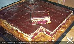 Schneewittchenkuchen, ein schmackhaftes Rezept aus der Kategorie Backen. Bewertungen: 69. Durchschnitt: Ø 4,1.
