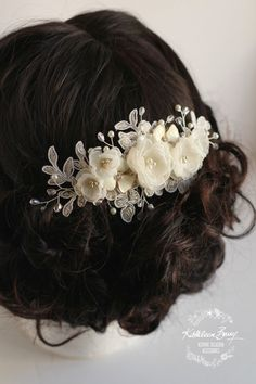 R780 Lee Floral Lace Bridal hair comb  by KathleenBarryJewelry