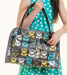 Bag by Sara Lawson, Tulip fabric by Jessica Jones