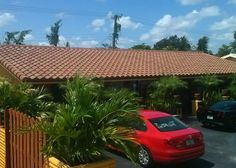 This is a completed Entegra Bella Bayside Blend roof in Fort Lauderdale, FL.