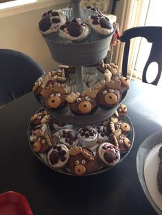 BabyBoys First Birthday Lumberjack Cupcakes, Lumberjack Birthday Party, Bear Birthday, Boy First Birthday, Boy Birthday Parties, Birthday Ideas, Baby Shower Cupcakes, Cupcake Party, Birthday Cupcakes