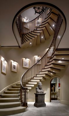 Another beautiful staircase. My dream home will have a turret of some type because I want to evoke a medieval castle or Tuscan villa feel. Ideally it will be used as a library/office, but a spiral staircase would be a striking feature as well. Beautiful Stairs, Beautiful Homes, House Beautiful, Style At Home, Future House, My House, Escalier Design, Balustrades, Villa Plan