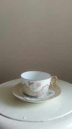 clover tea cup and saucer hand painted china