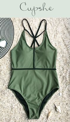 c54f83da7deca Cupshe Lively Rhythm Solid One-piece Swimsuit