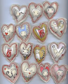 ❥ Illustrated fabric hearts~ reminds me of ornaments I made for my first Christmas away from home...
