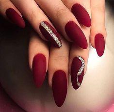 60 einfache Acryl Sarg Nägel entwirft Ideen für 2019 The Nails Beauty thenails_beauty # nails # nailart # coffinnails # MargaritasNailz # glitterombrenails # nailfashion # nai # Red Nail Designs, Winter Nail Designs, Gorgeous Nails, Pretty Nails, Red Christmas Nails, Nagel Gel, Purple Nails, Gold Nails, Gradient Nails
