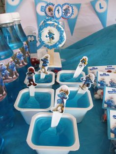 Liam's first Smurf birthday | CatchMyParty.com