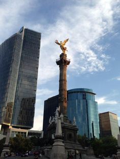 Mexico City, THe Capital of Mexico is a very large and busy place! Largest Countries, Countries Of The World, Beautiful World, Beautiful Places, Places To Travel, Places To Visit, Mexican Colors, New Spain, Heavenly Places