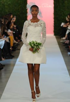 Oscar de la Renta Spring 2015 | MCV Photo | The Knot blog