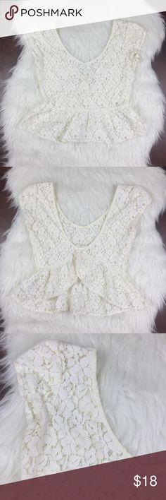 """UO Pins & Needles Lace Crop Open Back Urban outfitters pins and needles cream/ivory colored Lace crop top with open slot back. Good condition. First image is back of top.  16"""" underarm to underarm 18"""" shoulder to hem in front 13"""" to 15"""" shoulder to hem in back Urban Outfitters Tops Crop Tops"""