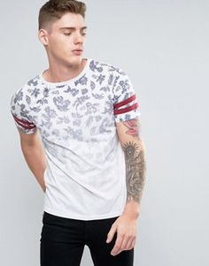 Buy Brooklyn Supply Co Faded Out Palm Print T-Shirt at ASOS. With free delivery and return options (Ts&Cs apply), online shopping has never been so easy. Get the latest trends with ASOS now. Shirt Print Design, Shirt Designs, Camisa Floral, Conversational Prints, Aesthetic T Shirts, Stylish Boys, Basic Tees, Mens Fashion, Fashion Outfits