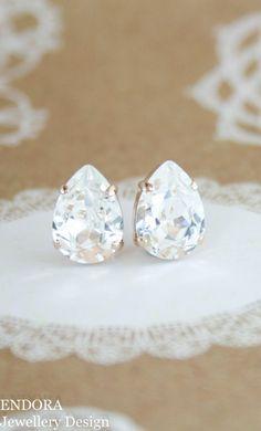 Swarovski clear crystal stud earrings | teardrop earrings | bridal earrings | bridesmaid earrings | crystal earrings | www.endorajewellery.etsy.com