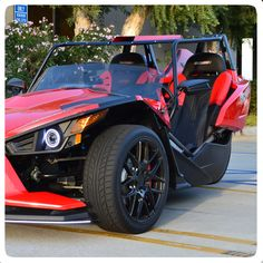fab factory panoramic top for the polaris slingshot - Polaris Slingshot Roof